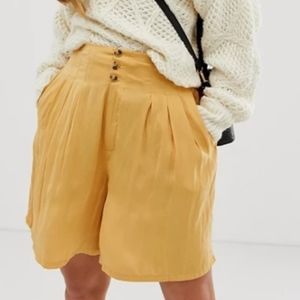 FREE PEOPLE Yellow Brittany Long Beach Short